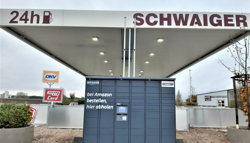 schwaiger_amazon_hub_atting